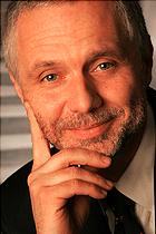 Helmut Wiedenhofer ist Prokurist bei der JOANNEUM RESEARCH Forschungsgesellschaft mbH. Nach seinem Studium der Elektrotechnik an der TU-Graz sammelte er bei der SIEMENS MATSUSHITA Components OGH erste Erfahrungen in der Privatwirtschaft ehe er 1991 zur JOANNEUM RESEARCH stieß. Dort begann er seine Laufbahn am Institut für Elektronische Systementwicklung. Seit 2006 ist er auch einer der zwei Geschäftsführer der NanoTecCenter Weiz Forschungsgesellschaft mbH.